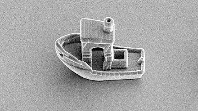 Dünyanın en küçük teknesi üretildi! Saç kılının üçte biri kalınlığında
