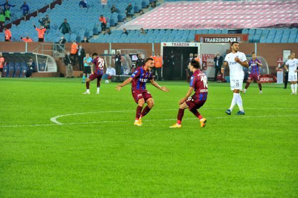 Trabzonspor, evinde Kasımpaşa'ya 4-3 mağlup oldu