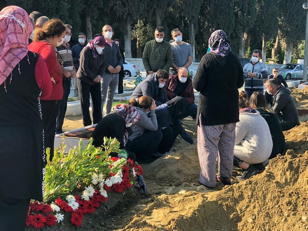 İzmir depreminin kurbanlarına veda