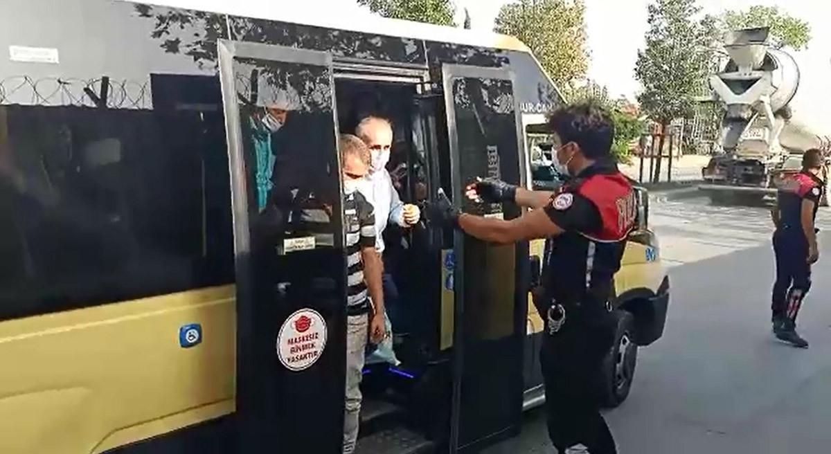 İstanbul'da manzara değişmedi! Polis tek tek indirdi