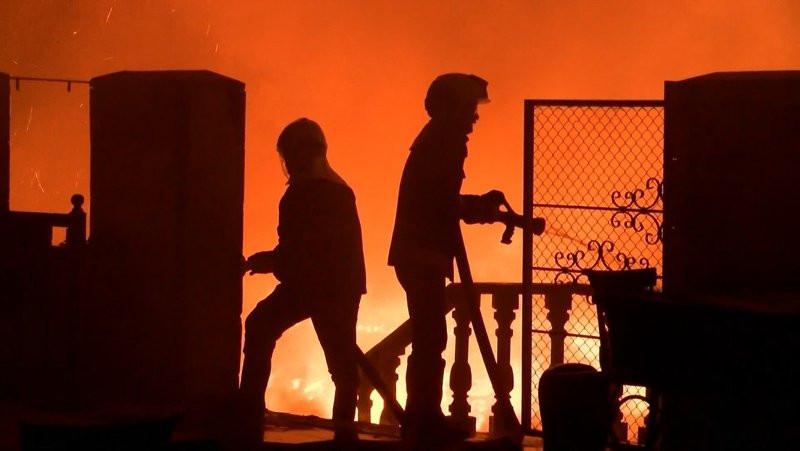 Estergon Kalesi'nde yangın!