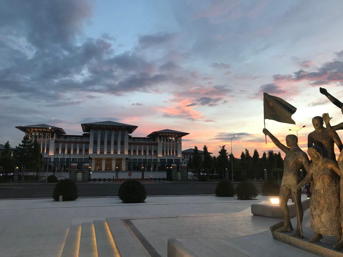 Cumhurbaşkanlığı Sarayı'na 14,8 milyar TL ek ödenek!
