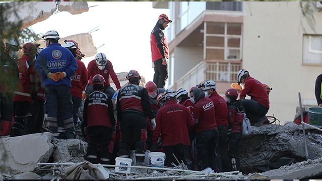 43 saat sonra enkazdan 3 kişinin cesedi çıkarıldı