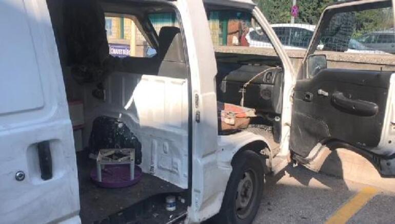 Panelvan minibüste fuhuş rezaleti