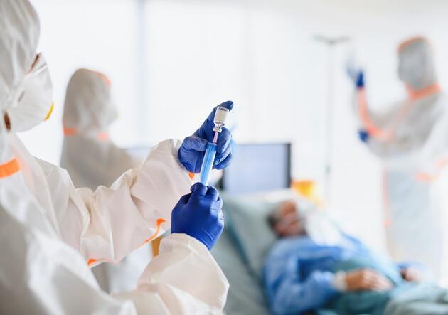 Koronavirüs ilacına onay çıktı! Hastane yatış oranını 5 kat düşürüyor
