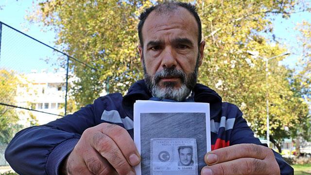 Kimlik kartını çıkartmaya gitti, kimliğini aldığında şoke oldu