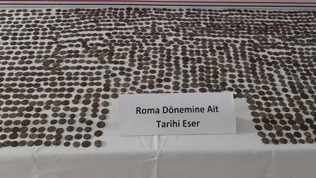 Antalya'da 1547 adet tarihi sikke bulundu