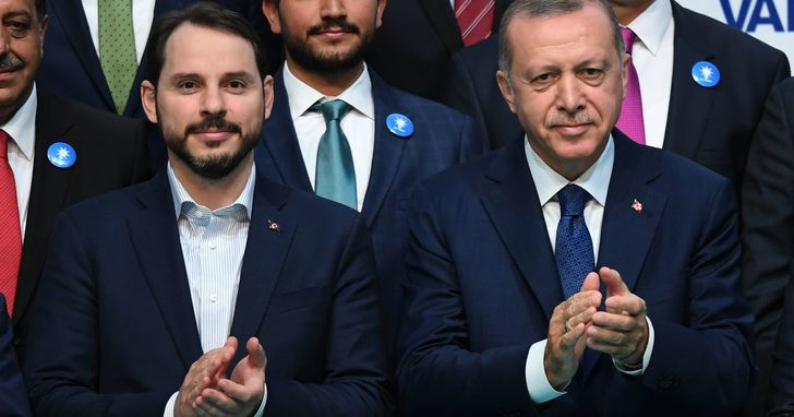 Erdoğan imzaladı, Albayrak'ın görevden aldığı isimler geri döndü!