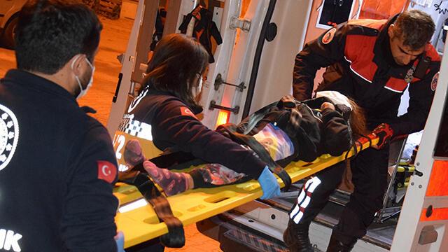 Vinç halatına asılı kalan çocuk 5 metre yükseklikten düştü