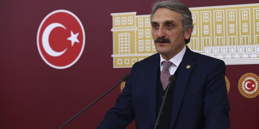Türkan Şoray AK Parti'nin hedefi oldu!