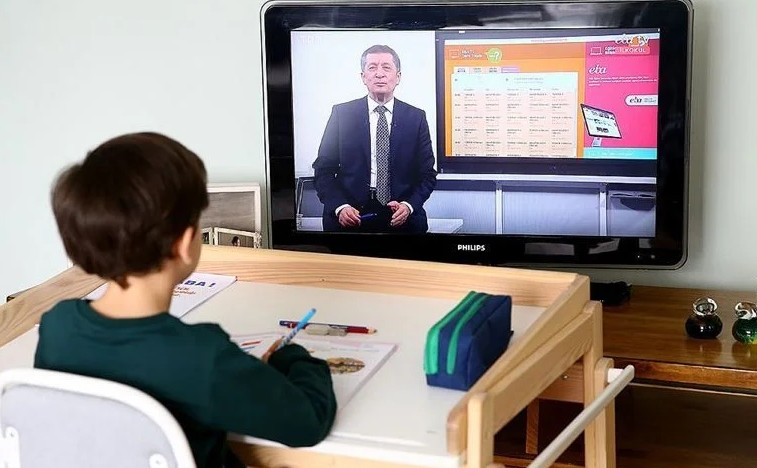 MEB uzaktan eğitimin ilk hafta programını açıkladı