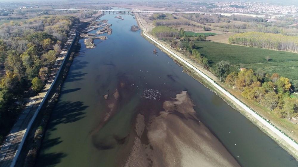 Son 90 yılın en kurak yılı: Meriç Nehri'nde kum adacıkları oluştu