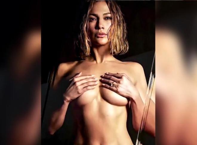 Jennifer Lopez, Türk fotoğrafçıya çırılçıplak poz verdi