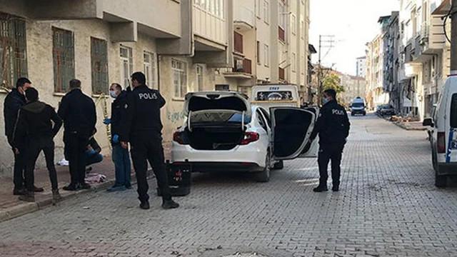 Elazığ'da 21 yaşındaki genç bıçaklanarak öldürüldü