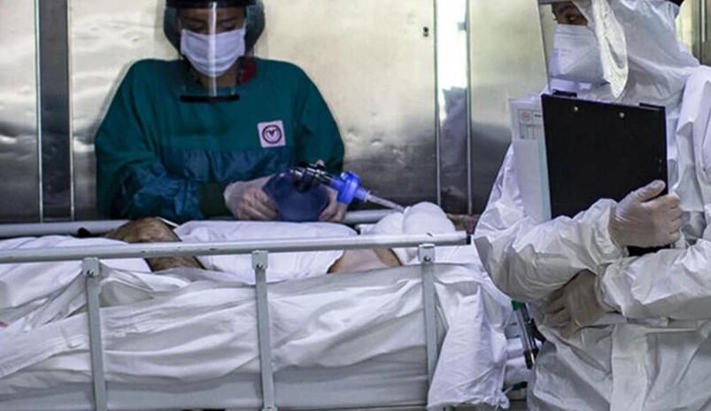 Pembe bulutları dağıtan açıklama: ''Aşı olana da virüs bulaşabilir!''