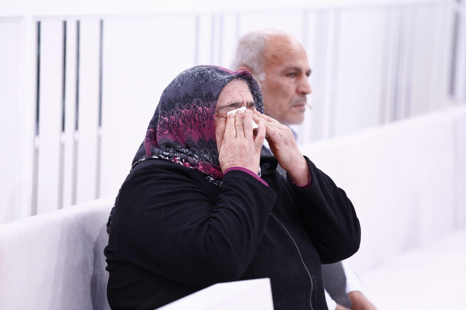 Esra Erol 1 yıldır kayıp Ayşegül'ü 10 dakikada buldu
