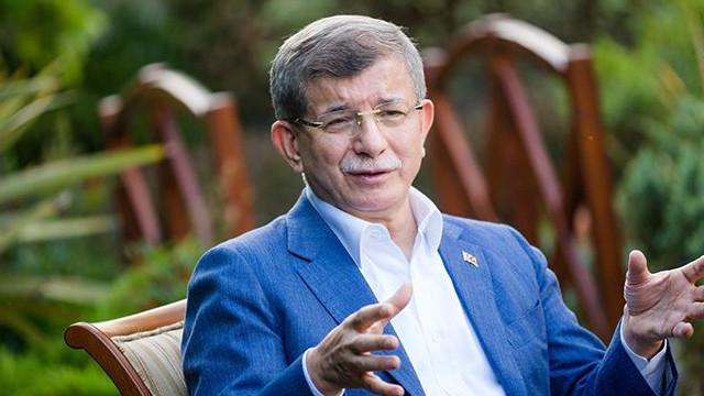 Ahmet Davutoğlu koronavirüse yakalandı!