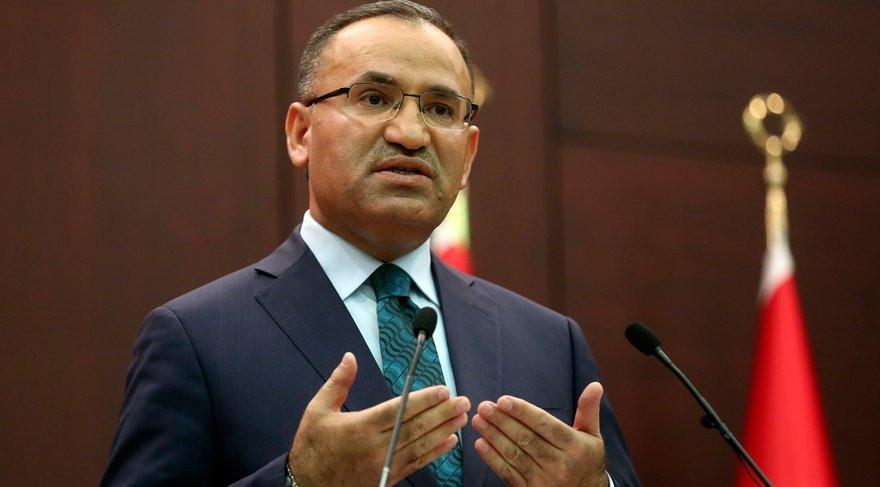 AK Partili Bekir Bozdağ yanlış paylaşımıyla alay konusu oldu