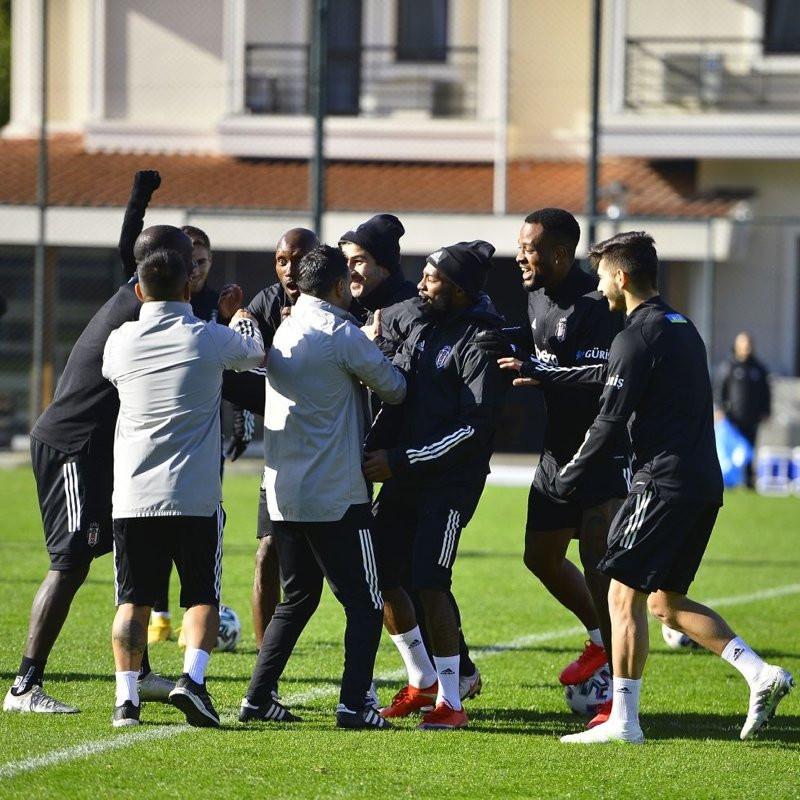 Beşiktaş yönetiminden takıma iyi haber