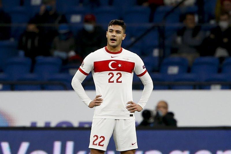 Schalke'nin yıldızı Ozan Kabak İtalya yolcusu!