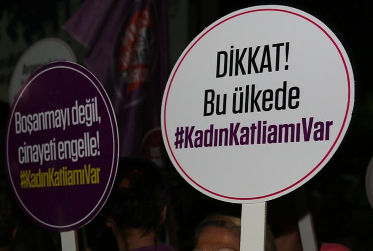 Türkiye'de 31 günde 21 kadın öldürüldü!