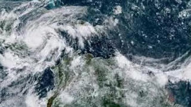 Nikaragua'da kasırga felaketi! Ülkede acil durum ilan edildi