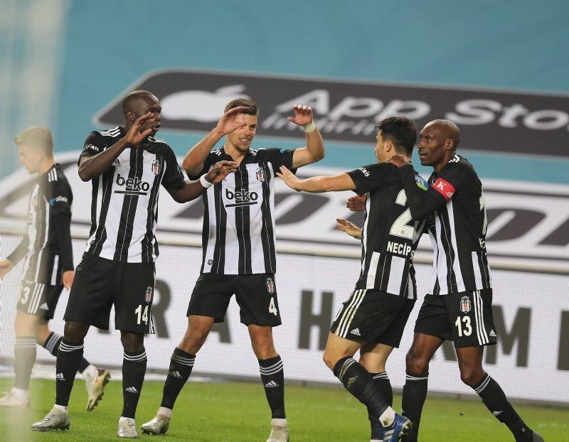 Tuncay Şanlı Beşiktaş mağlubiyetinin sorumlusunu açıkladı
