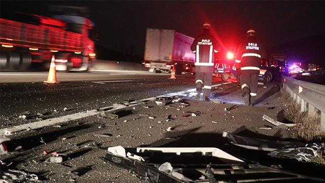 TEM'de feci kaza: 2 ölü, 3 yaralı