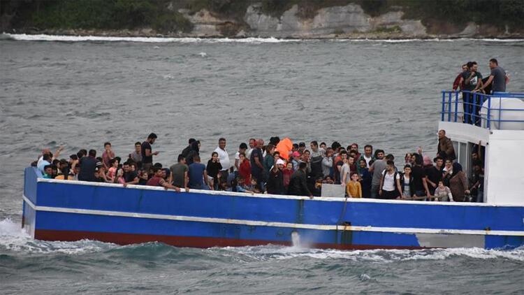 FETÖ'cü ve PKK'lılar aynı teknede yakalandı!