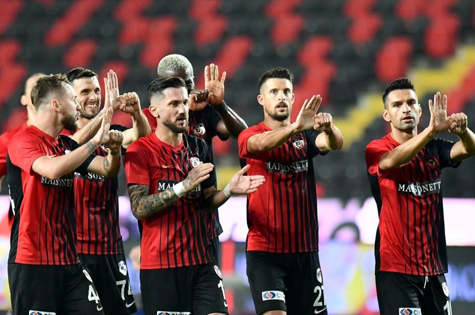 Gaziantepspor, Beşiktaş'ı 3 golle devirdi