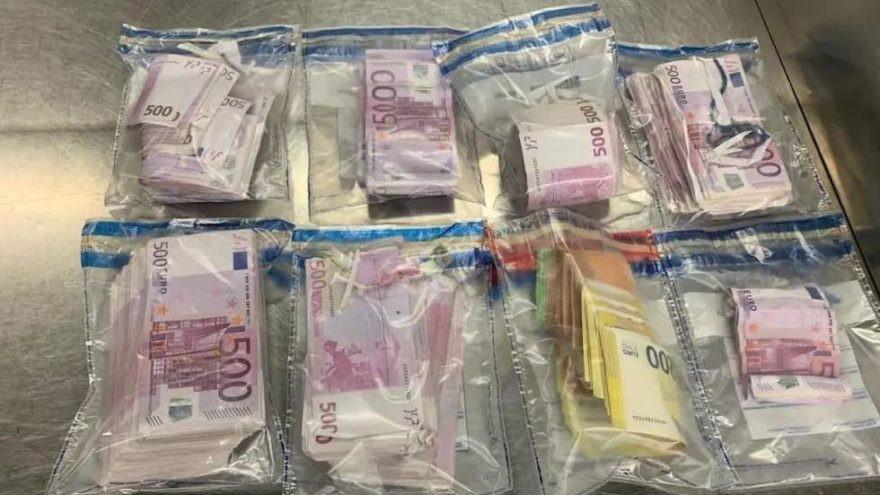 Türk yolcunun iç çamaşırından 3.3 milyon TL çıktı