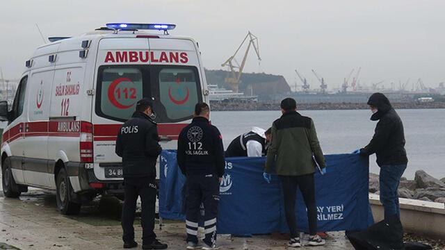 Pendik'te denizde erkek cesedi bulundu