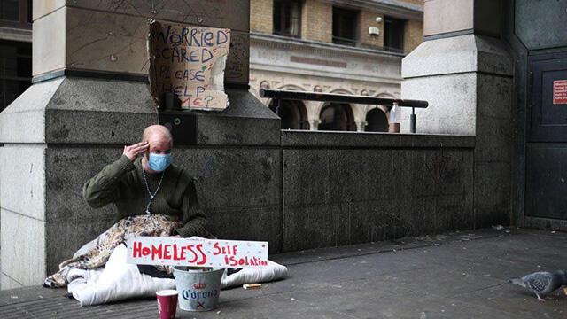 İngiltere'de sokakta yaşamını yitiren evsiz sayısında rekor!