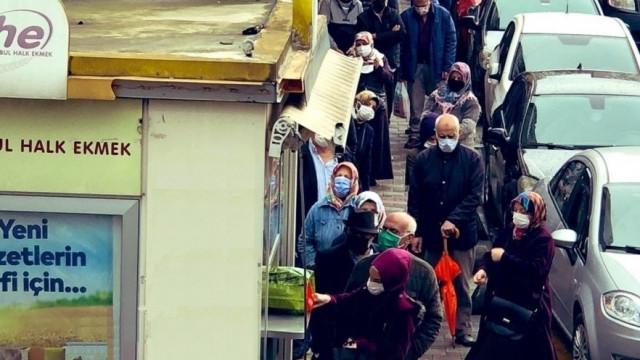 AK Parti'nin inadı İstanbulluları ''kuyruk çilesi''ne mahkum etti!