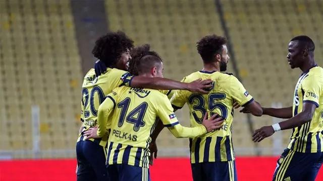 Fenerbahçe Karacabey Belediyespor'u yenerek tur atladı