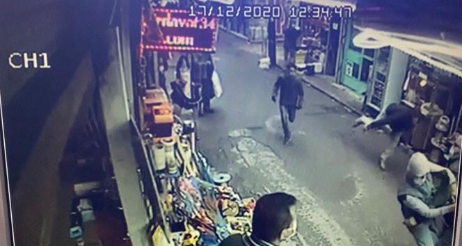İstanbul'da kapkaççıyı esnaf yakaladı