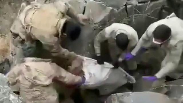 Iğdır'da kan donduran olay! Babalarını öldürüp mağaraya gömdüler