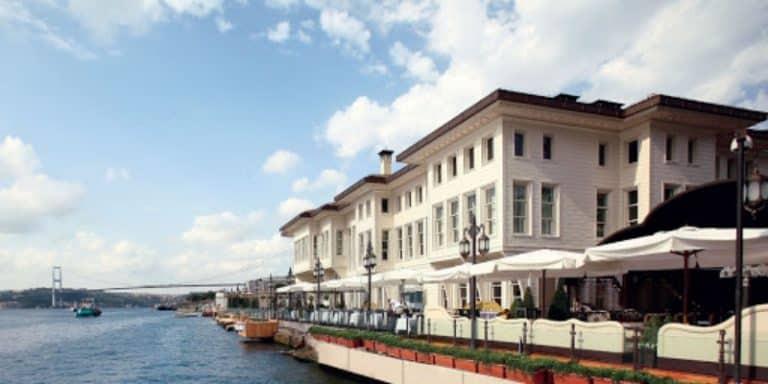 Akbank Les Ottoman Otel'i icradan satın aldı