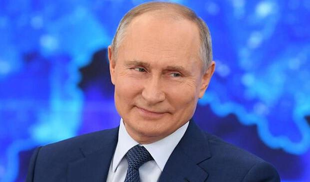 Putin gülerek açıkladı: İstesem çoktan ölmüştü!