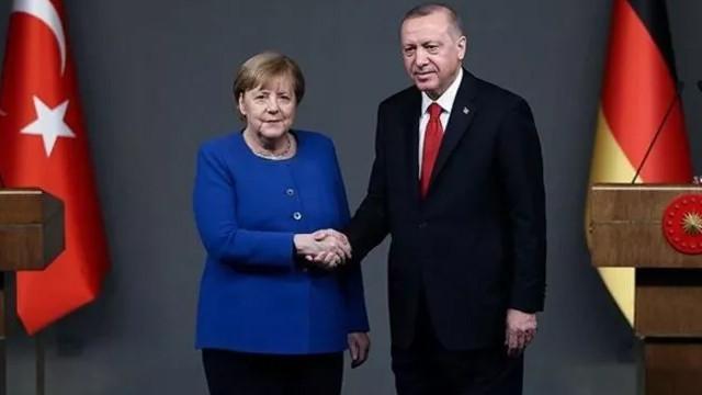 Cumhurbaşkanı Erdoğan'dan Merkel'e teşekkür