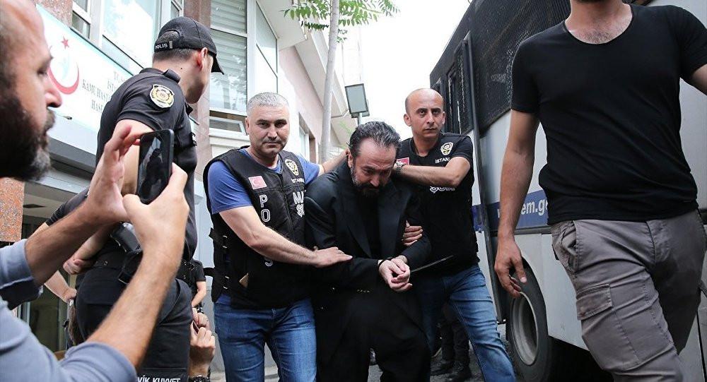 Adnan Oktar, cinsel istismar iddialarını böyle yanıtladı