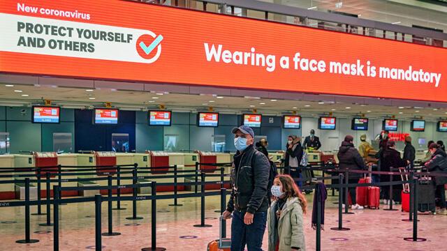 O ülkeden, İngiltere'den gelen yolcular 10 gün karantina zorunluluğu