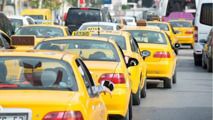 İstanbul'da taksi, minibüs ve dolmuş ücretleri zamlandı