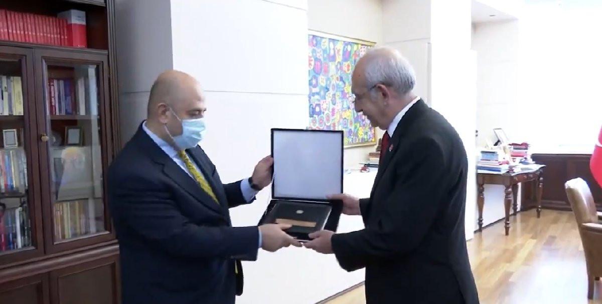 Kılıçdaroğlu 1 liralık tazminat davasını kazandı