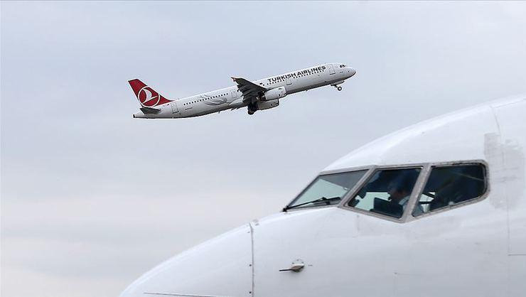 İngiltere'den Türkiye'ye tahliye uçuşları başladı
