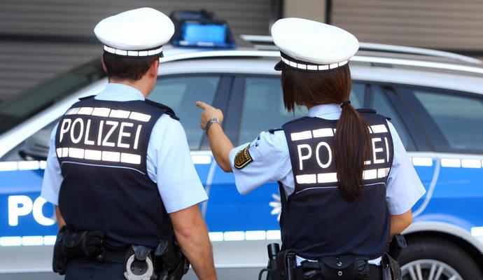 Almanya'nın Türk bölgesinde silahlı çatışma! Yaralılar var