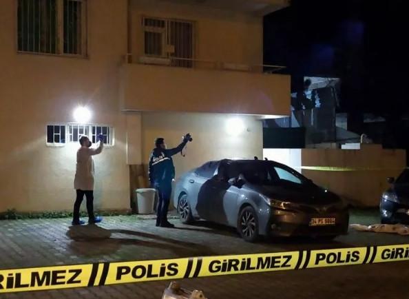İstanbul'da 80 yaşındaki kadın intihar etti!