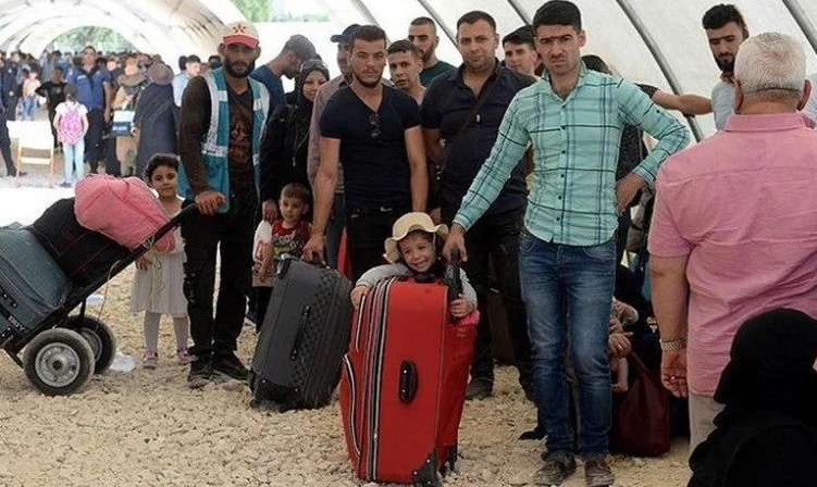 Almanya, Suriyelileri sınırdışı etmeye başlıyor