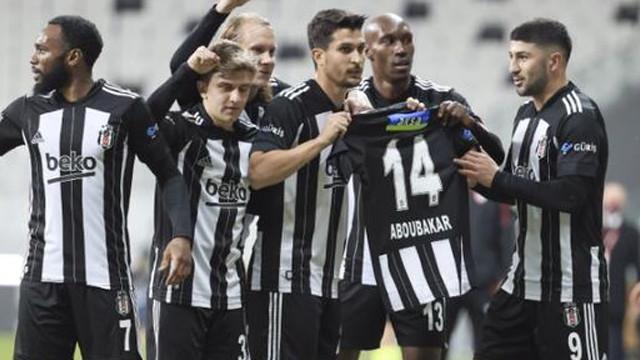 Beşiktaş, Sivasspor'u 3 golle mağlup etti