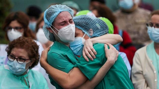 İspanya'da koronavirüs kaynaklı can kaybı 50 bini aştı